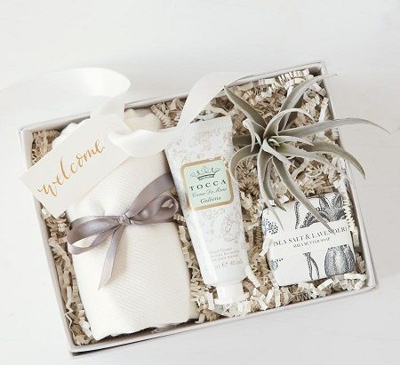 gift-box-atau-hampers