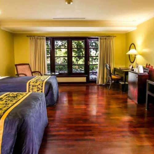 Unwind for the Weekend with Singgasana Deal